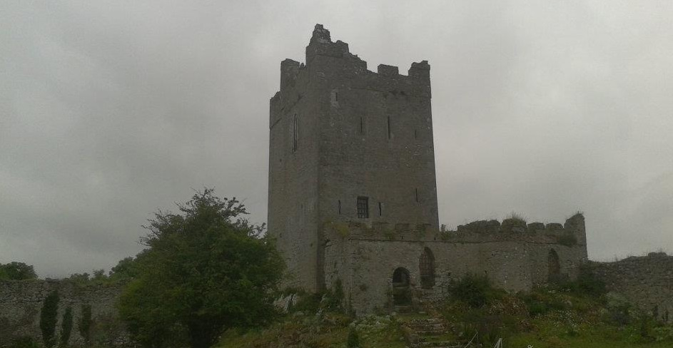 Clononey Castle - a Mac Coughlan castle given by Henry VIII to Thomas Boleyn in return for Anne Boleyns hand in marraige