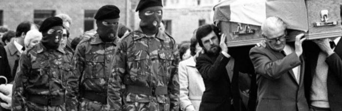 John Sands carrys Bobby Sands coffin in 1981